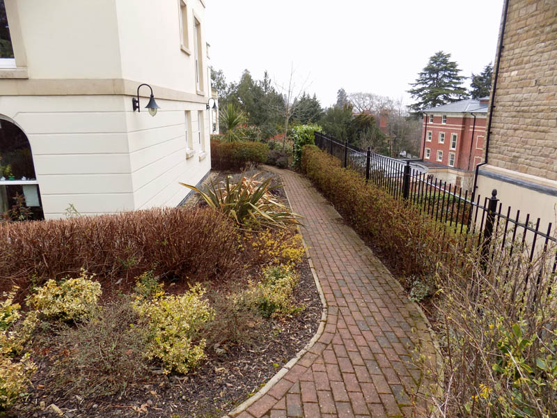 Commercial Gardening And Grounds Maintenance